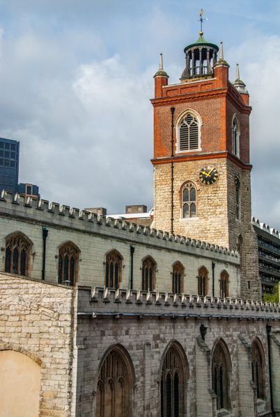 St. Giles Cripplegate photo, The 1694 tower