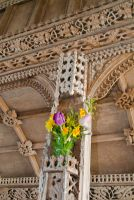 Rood screen column