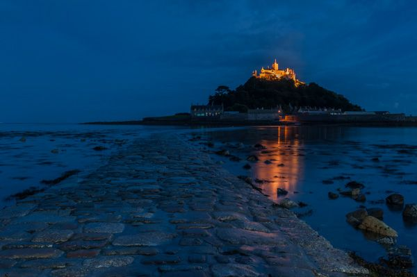 St Michael's Mount photo, The causeway at night