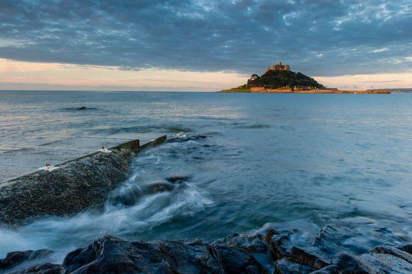 St Michael's Mount photo, Dawn comes to Mount's Bay