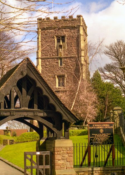 Newport, St Woolos Cathedral  photo, The lych gate and tower