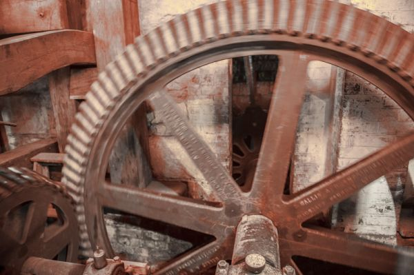Stanway Watermill photo, Mill mechanism cogged drive wheels