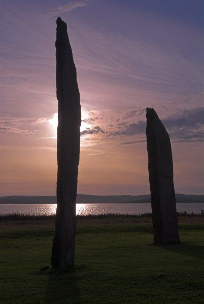 Stones of Stenness Circle and Henge photo, Evening falls at Stenness