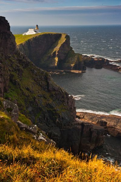 Stoer Head Lighthouse photo, Northern view of lighthouse