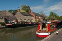 Stoke Bruerne, Grand Union Canal