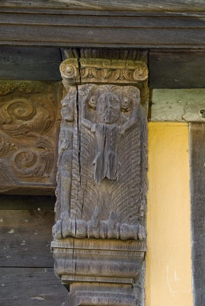 Stokesay Castle photo, Gatehouse Carving