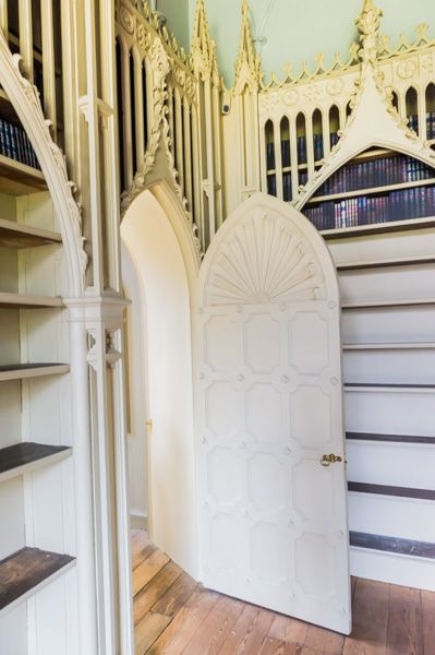 Strawberry Hill House photo, The Library