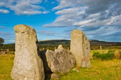 Strichen Stone Circle, Recumbent stone and flankers again