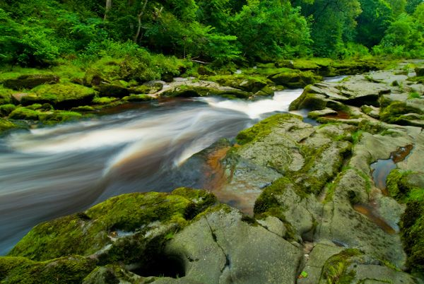 The Strid photo, River Wharfe, river and potholes
