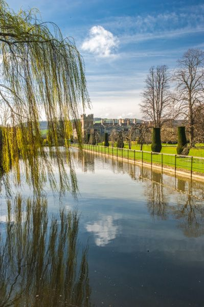 Sudeley Castle photo, The moat pond and castle