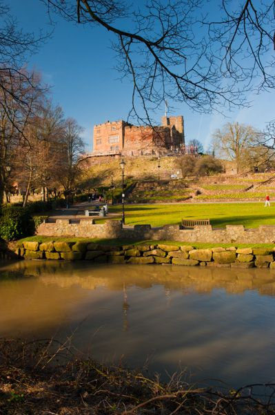 Tamworth Castle photo, The River Anker and the castle grounds