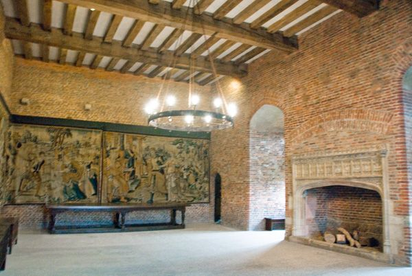 Tattershall Castle photo, Another view of the audience chamber