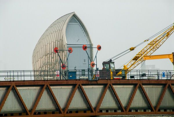 Thames Barrier photo, One of the smaller barrier housings