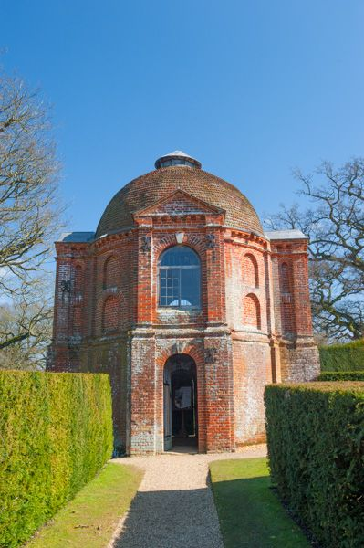 The Vyne photo, The summerhouse