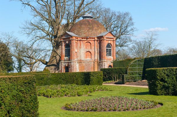 The Vyne photo, Summerhouse and formal gardens in Spring