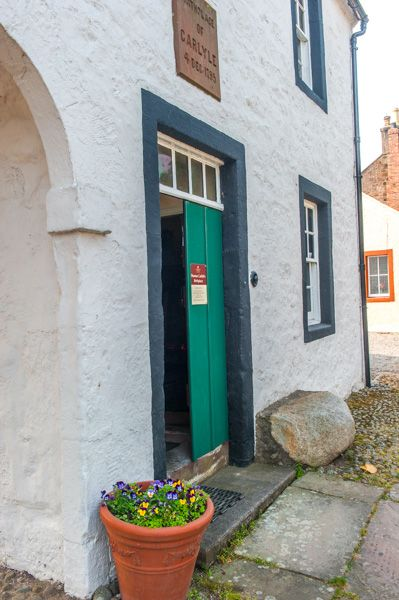 Thomas Carlyle's Birthplace photo, The birthplace front entrance