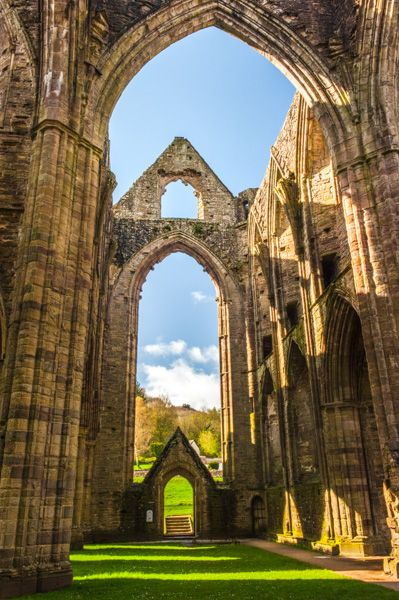 Tintern Abbey photo, The south transept