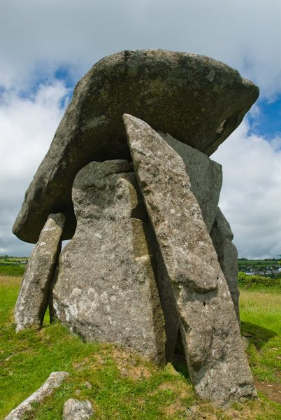 Trethevy Quoit photo, The Quoit