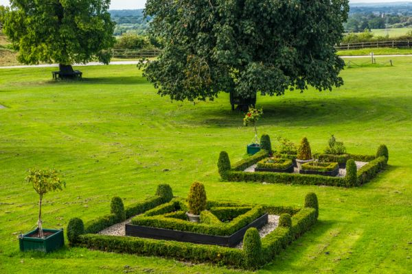Tutbury Castle photo, Recreated knot gardens in the castle bailey