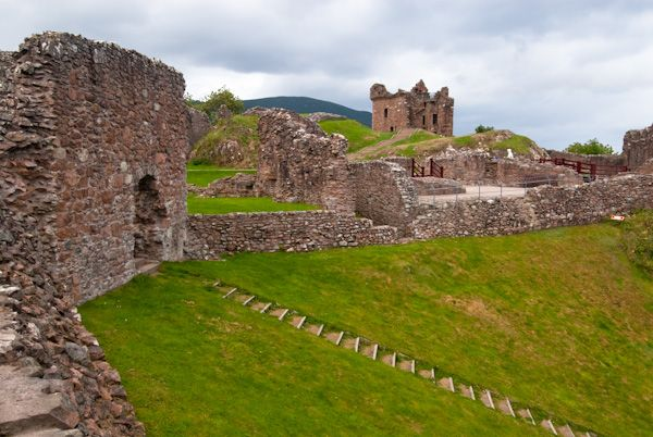 Urquhart Castle photo, Looking north along the castle ruins