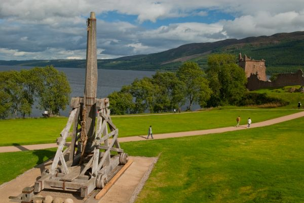 Loch Ness photo, Urquhart Castle and Loch Ness