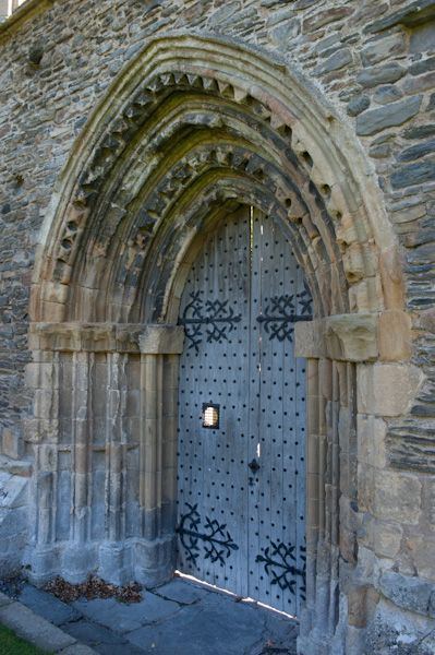 Valle Crucis Abbey photo, West door