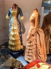 Victoria and Albert Museum, A pair of Victorian wedding dresses