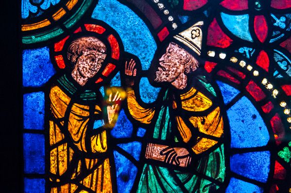 Victoria and Albert Museum photo, 13th century stained glass panel