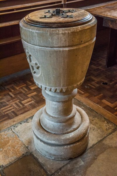 Wallingford, St Peter's Church photo, The Edwardian font