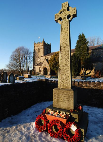Ingleton photo, The war memorial (c) Dave Croker