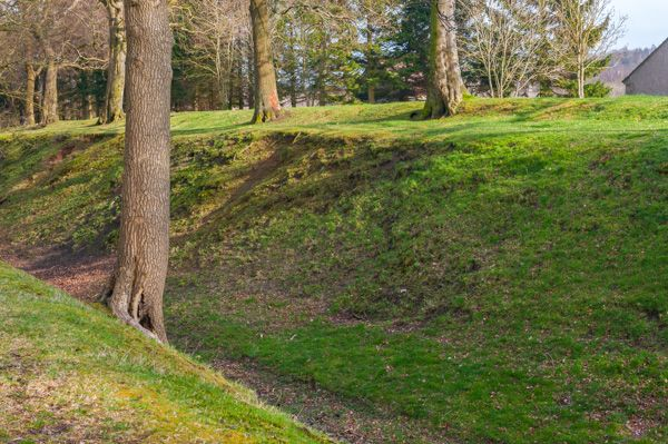 Watling Lodge (Antonine Wall) photo, Looking down into the ditch