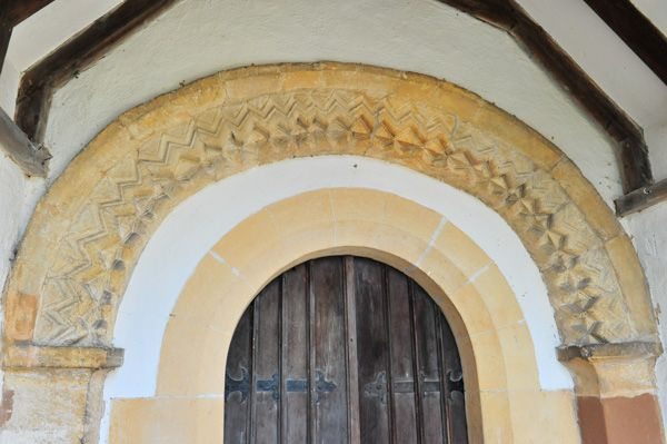 Welford on Avon, St Peter's Church photo, The Norman south doorway