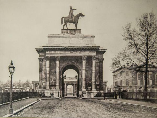 Wellington Arch Hyde Park History Amp Photos Historic