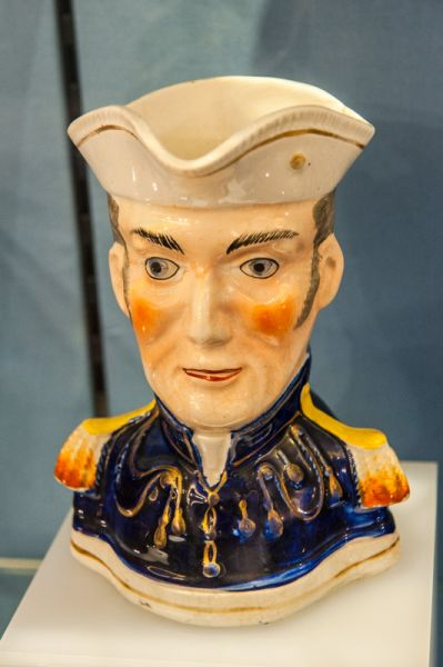 Wellington Arch photo, Duke of Wellington Toby jug