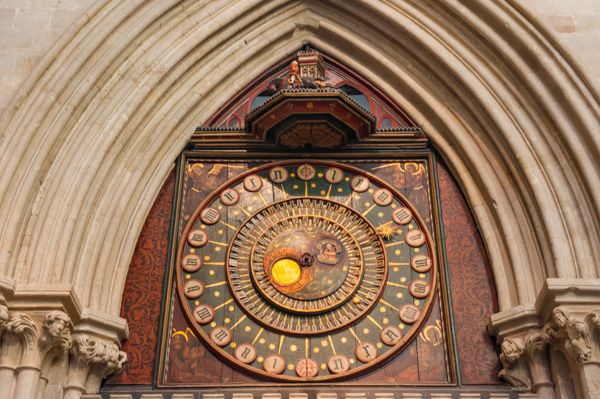Wells Cathedral photo, The 13th century astronomical clock