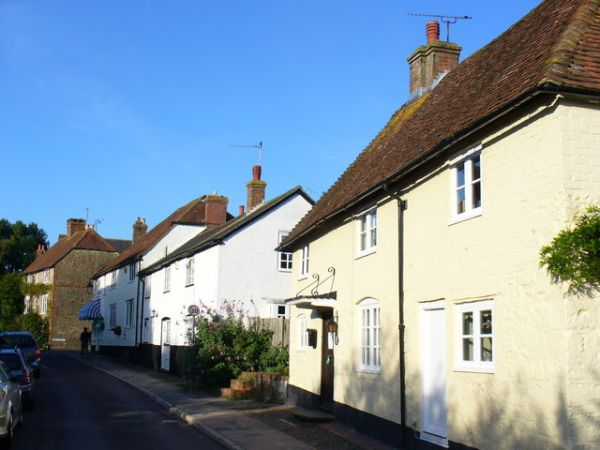 West Chiltington photo, Cottages in Church Street (c) Colin Smith