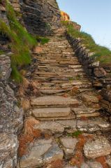 Whaligoe Steps, Climbing back up the cliffs