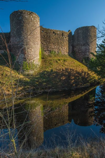White Castle photo, The castle reflected in the moat