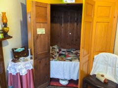 Wick Heritage Centre, A traditional Caithness box bed