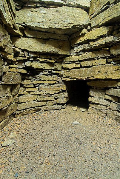 Wideford Hill Chambered Cairn photo, The inner chamber