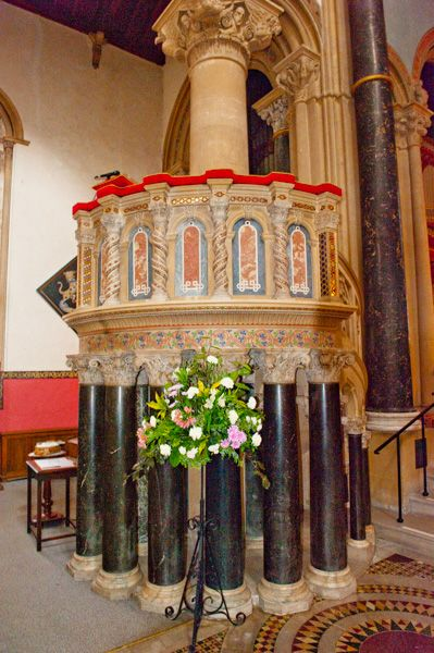 Wilton Italianate Church photo, The pulpit
