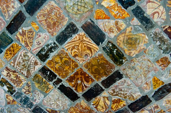 Winchcombe, St Peter's Church photo, Medieval tiles from Winchcombe Abbey