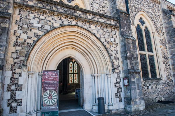 Winchester Castle photo, Entrance to the great hall