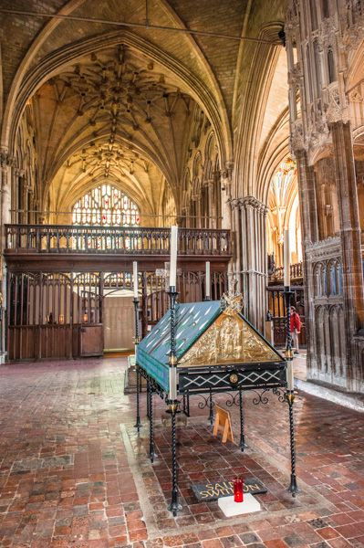 Winchester cathedral office