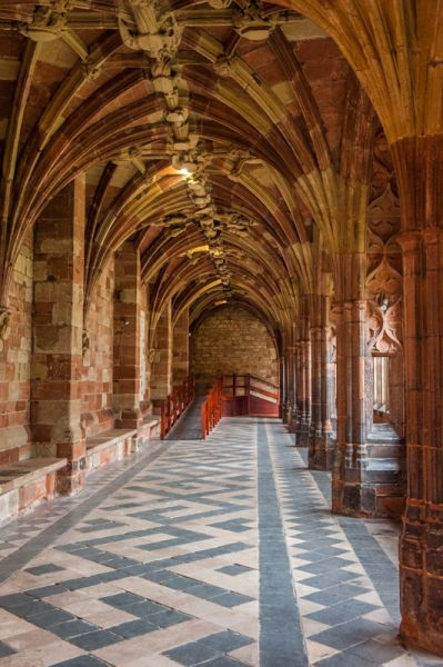 Worcester Cathedral photo, The cloisters