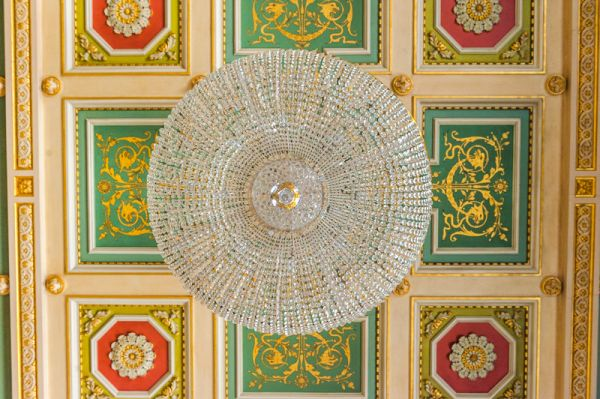 Worcester Guildhall photo, Assembly Room chandelier