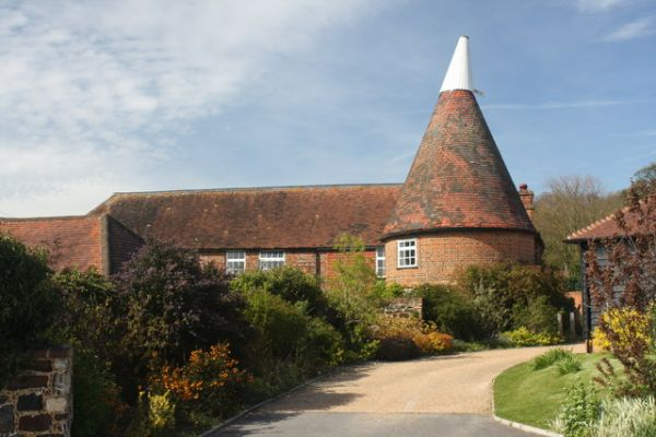 Wrotham photo, An oast house on Kemsing Road (c) Oast House Archive