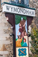 Wymondham, The Wymondham town sign