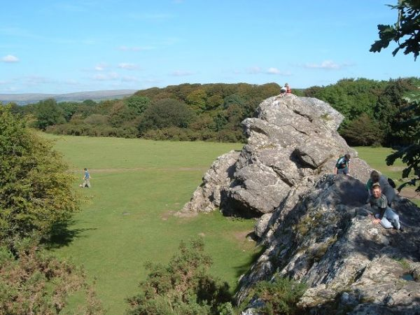 Yelverton photo, Roborough Rock (c) Tony Atkin