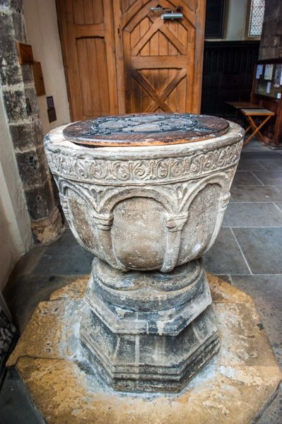 York, St Helen Stonegate photo, The 12th century font